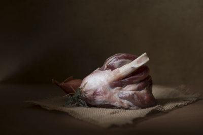 Photographe culinaire professionnelle , viande crue façon tableau